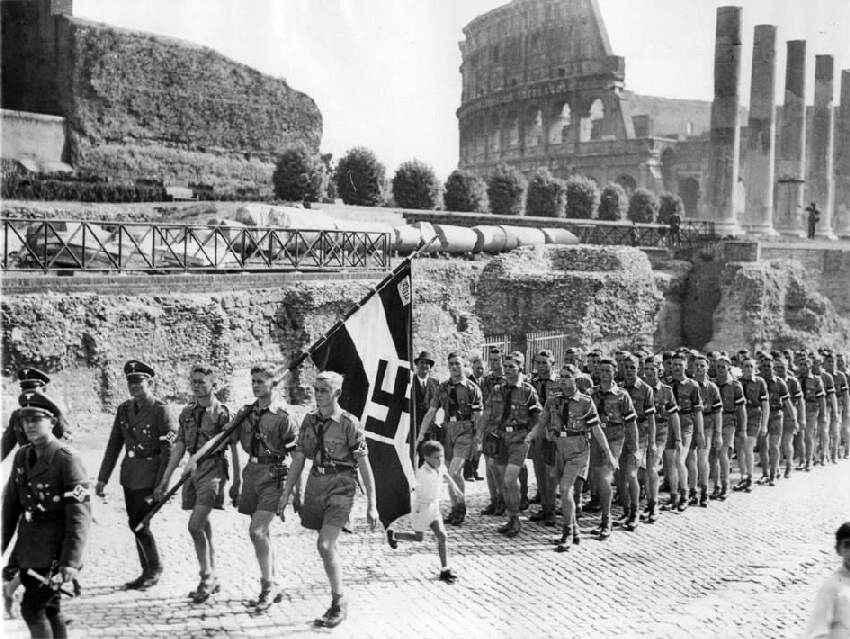 world war 2 essays